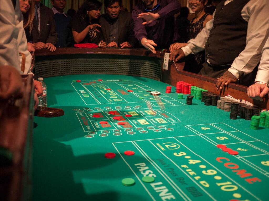 Tout le monde peut jouer au poker en ligne