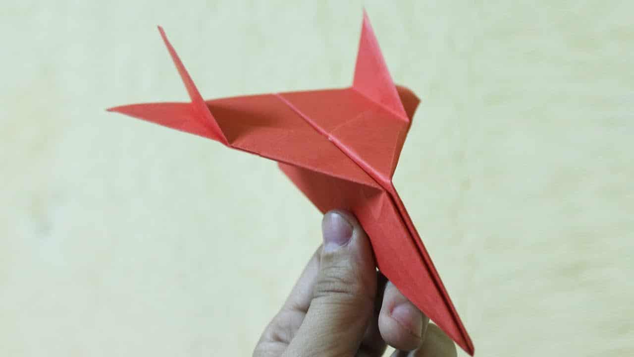 Comment faire un avion en papier planeur - Comment faire un porte avion en papier ...